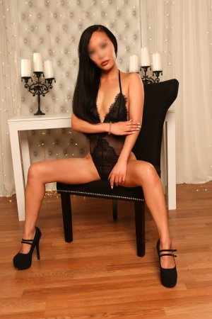 Hanen independent escorts in Bainbridge Island