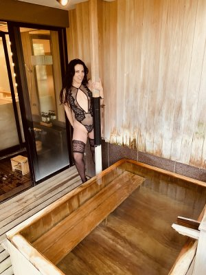Laure-anna escorts services, adult dating