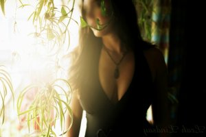 Lou-ange incall escorts in Loves Park